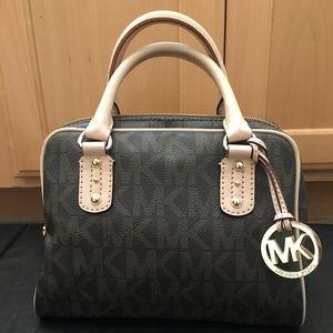 Michael Kors MD Grayson Satchel Handbag Signature